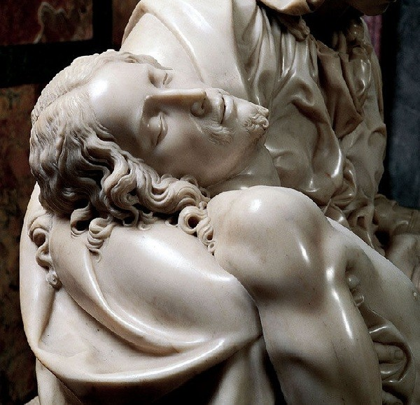 """Pieta"" by Michelangelo Buonarroti: fascinating story of marble sculpture with the autograph of a genius"