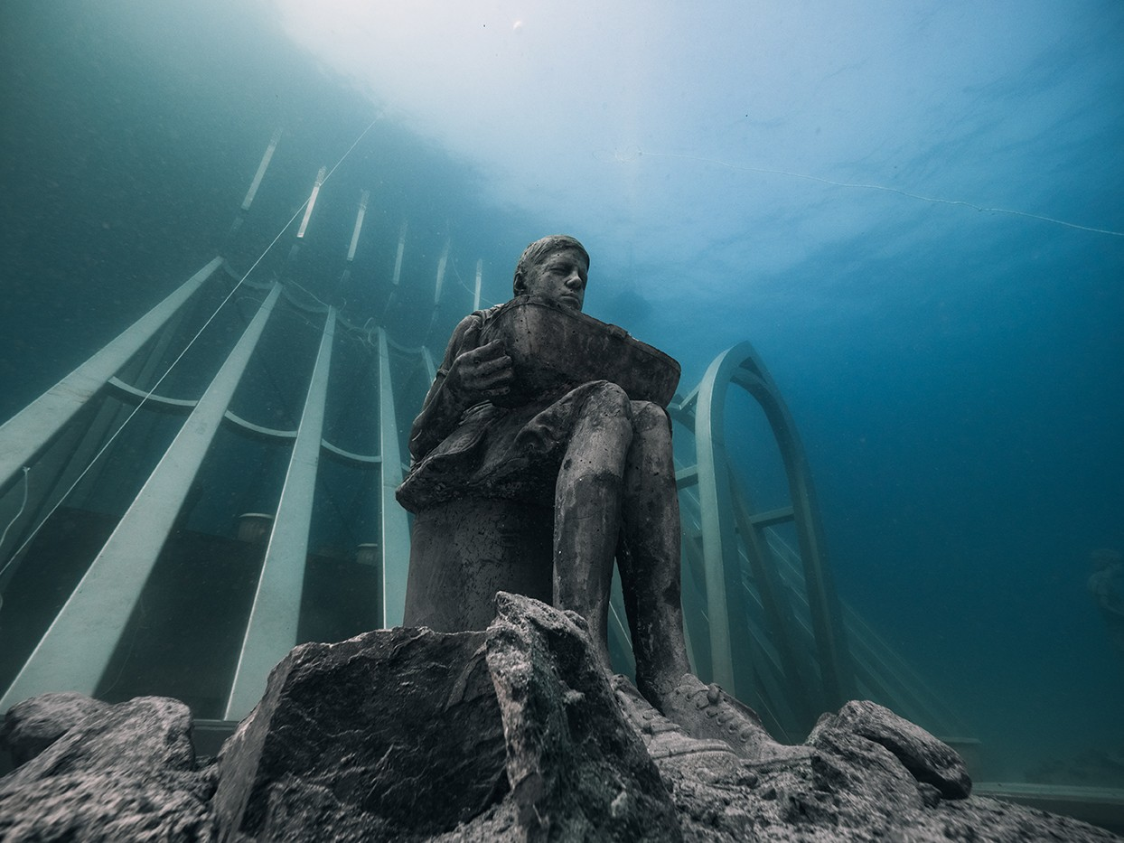 Coral Greenhouse: Last installation by Jason deCaires Taylor