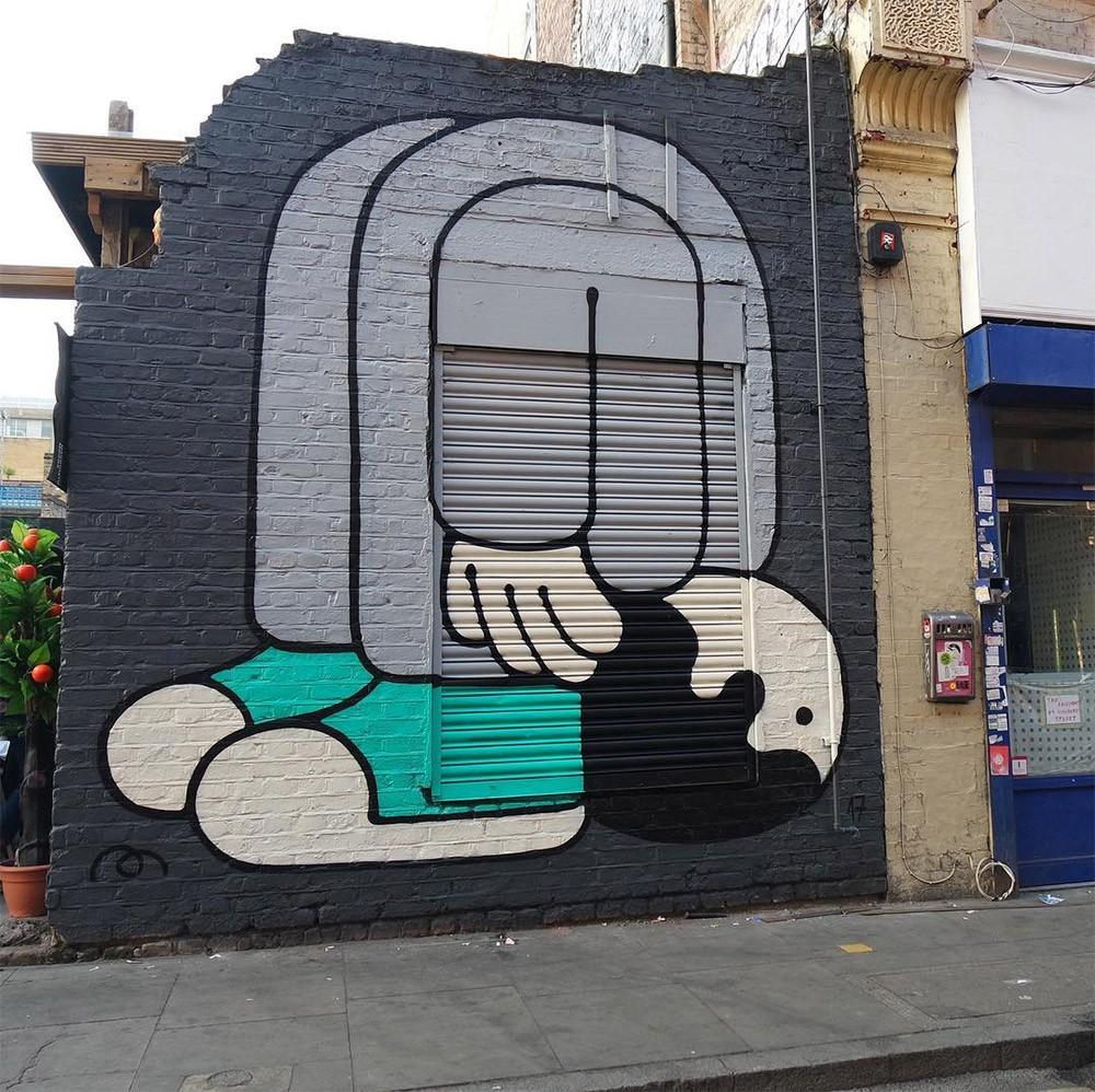 Muretz: Wall art by an ironic Brazilian street artist