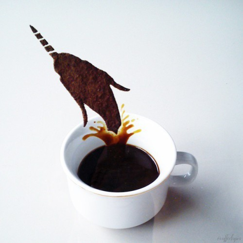 21-ghidaq-al-nizar-coffee-art-taking-part-in-coffeetopia-www-designstack-co
