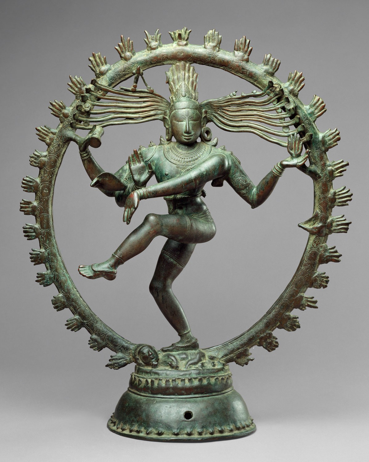 Caturmukhalinga Statue Returned to Nepal with Help of Art Institute of Chicago