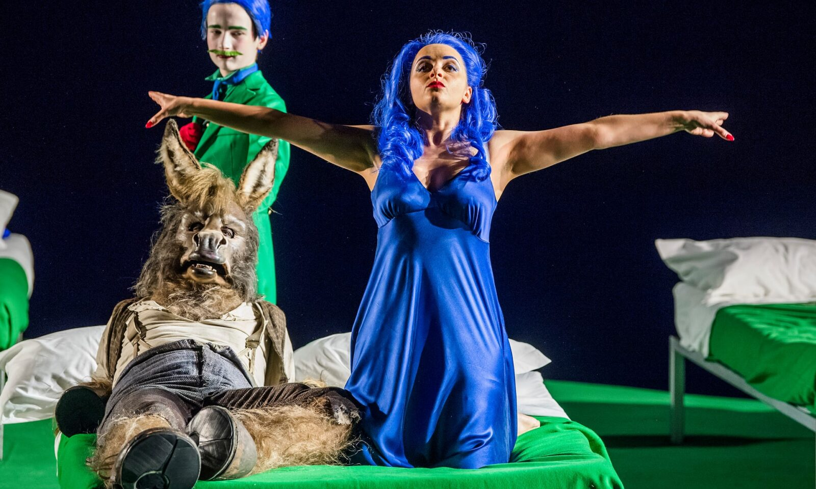 A Midsummer Night's Dream review – Carsen's Classic Staging Makes a Welcome Return