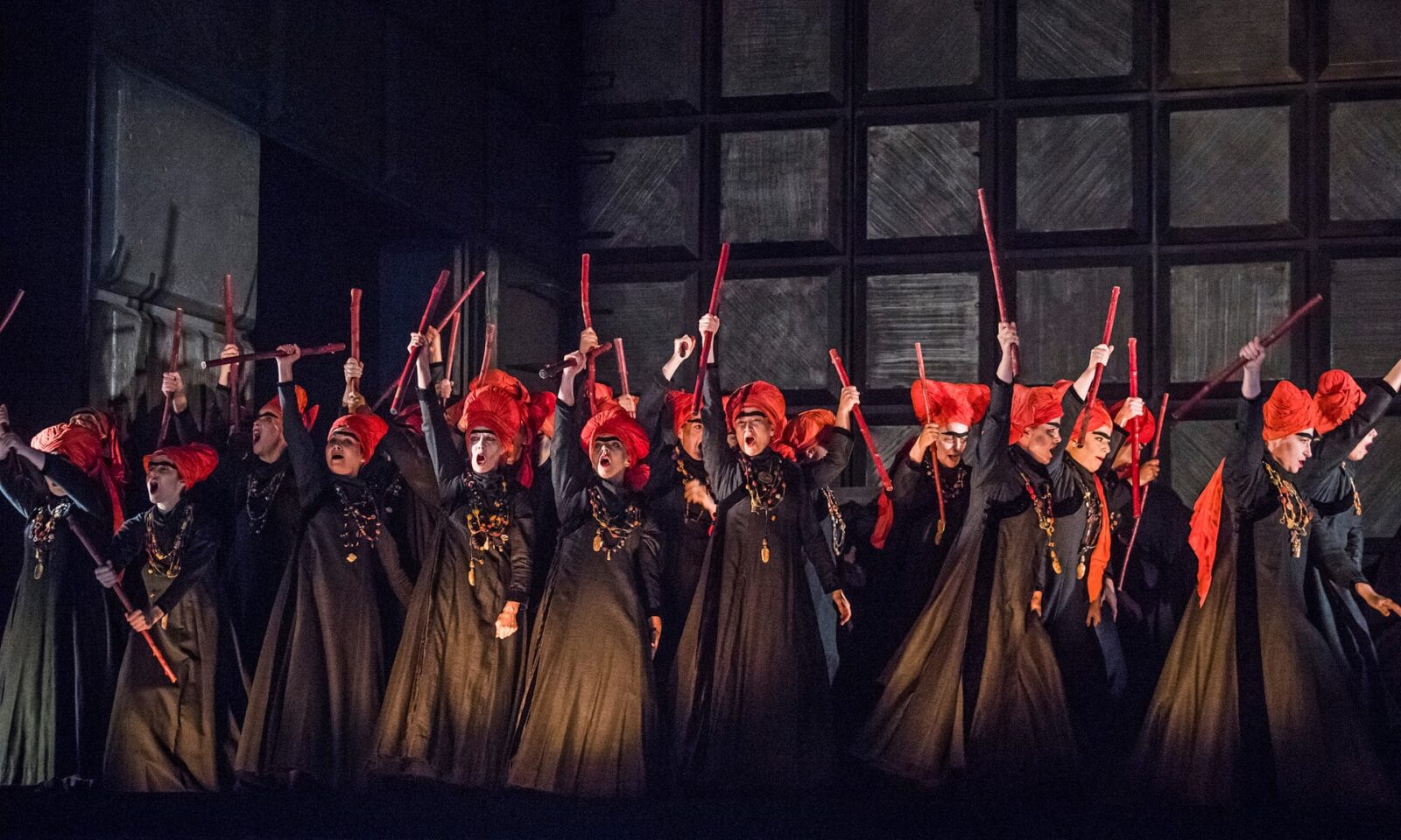 Macbeth Review – Musically Formidable Revival of Verdi's Opera