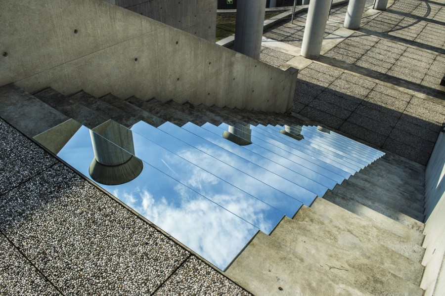 She Literally Throws The Sky to Your Feet: Installations by Shirin Abedinirad