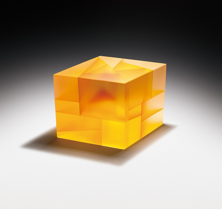 Glass Sculptures by Jiyong Lee Are Fascinating With the Simplicity of Their Forms