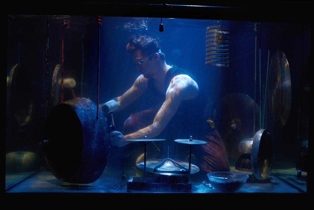 This Underwater Band Plays Music in Fish Tanks