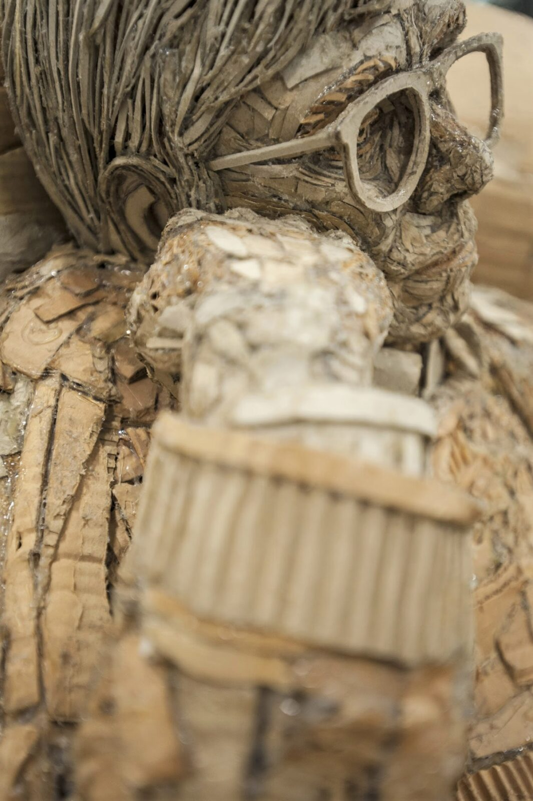 Figurative 'Emotional' Sculptures From Recycled Cardboard