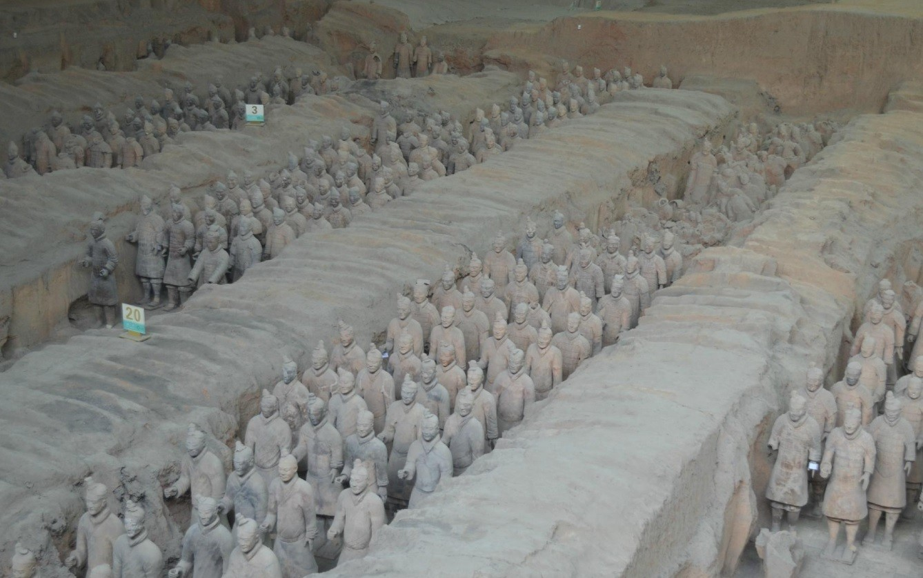 In China Was Found Impressive Wooden Terracotta Army Underground