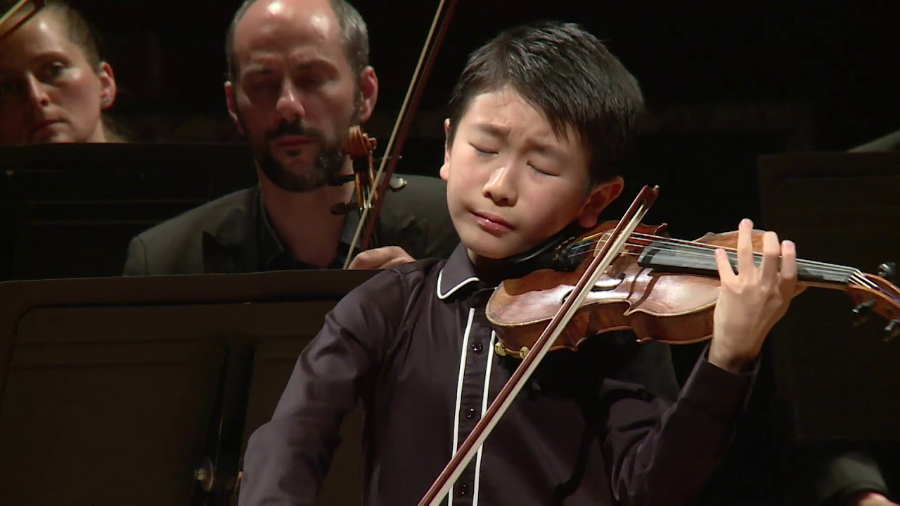 Australian Violin Prodigy, 10, Named Youngest Ever Winner at Menuhin Competition