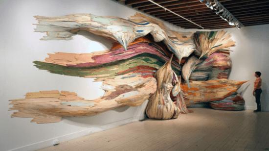 "Henrique Oliveira: A Unique Collector of ""Wood"" Creates Large-Scale Sculptures"
