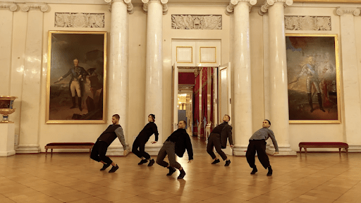 The new five-hour iPhone promotional video invites you to the Hermitage tour