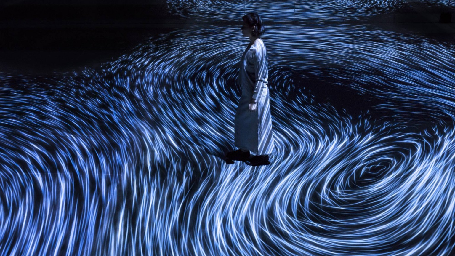 Step Inside a Swirling Mirror Room of Interactive Ocean Vortices by teamLab