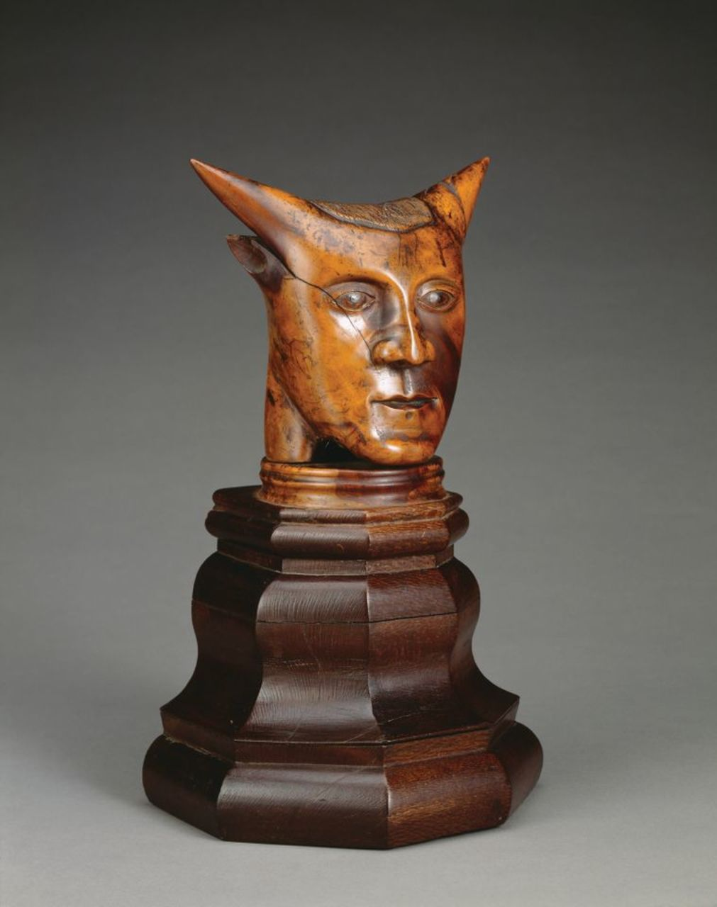 """""""A very rare sculpture of Gauguin"""" bought the Getty Museum for $5 million. But it's a fake"""