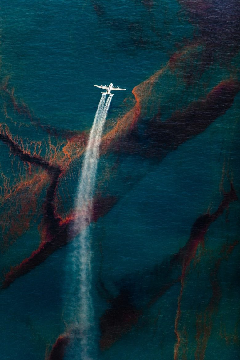 Dramatic photos of the planet by Daniel Beltrá